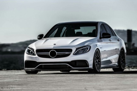 Imagens Grelha frontal MERCEDES Classe C (W205) Look C63 Amg