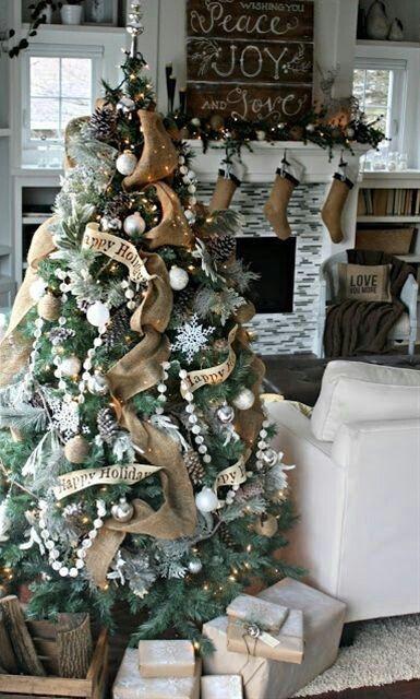 christmas-living-room-decor 29
