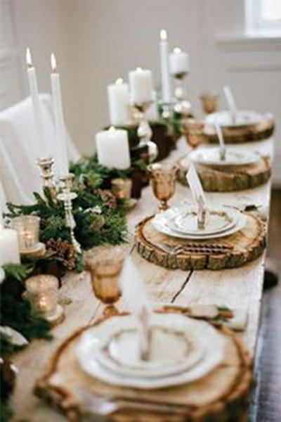 decor-masa-invitati-cu-felii-de-lemn