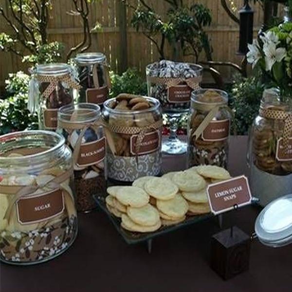 petrecere-copii-cu-biscuiti-si-lapte