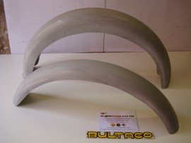BULTACO METRALLA MK2 SET OF FENDERS FRONT AND REAR FENDER NEW imágenes