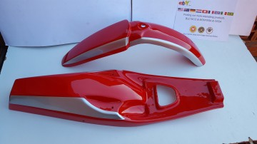 BULTACO PURSANG MK4 FENDERS NEW PURSANG MK4 FENDERS MK4 PURSANG 68 BULTACO PURSANG MK4 MODEL 68 FENDER KIT PARTS imágenes