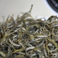 White Tea Snow Buds