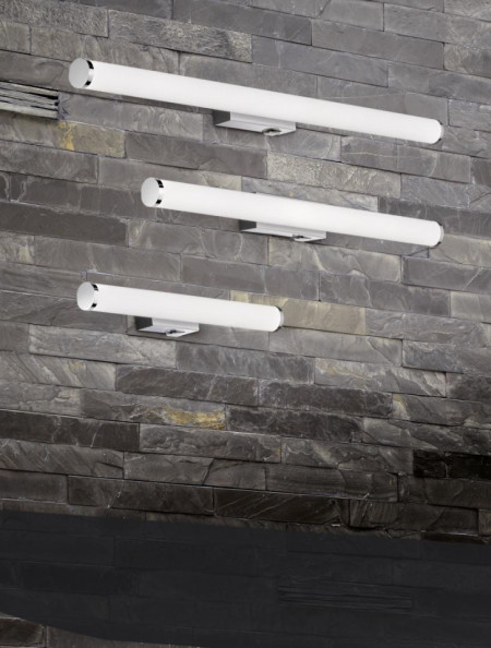 Aplica LED integrat pentru baie Trio Mattimo, cu intrerupator integrat, 4.3W, 230V, lumina calda 3000K, 450 lumeni, durata de viata 30.000 de ore, clasa energetica A+, IP44, dimensiuni 40x5cm, material metal/ acrilic, culoare crom/ alb