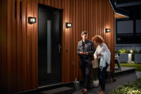 Aplica de exterior Philips myGarden Parterre, LED integrat 1x8W (58W), 230V, IP44, lumina calda, 800 lumeni, durata de viata 25.000 de ore, culoare negru, material aluminiu/ materiale sintetice