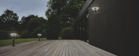 Stalp de exterior LED Solar cu Senzor LEDVANCE ENDURA STYLE Solar Sensor Wall Double Circle 6W ST, temperatura de culoare 3000K, intensitate luminoasa maxima 400 lumeni, 3 moduri functionare selectabile prin buton, clasa protectie IP44, montaj aplicat, ac