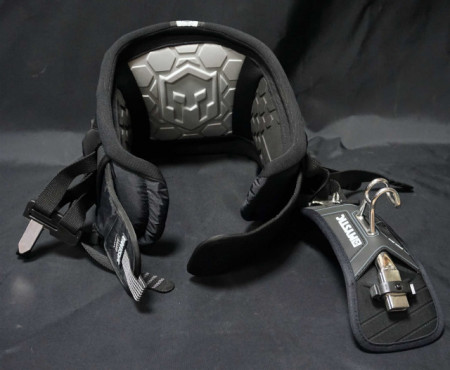 Kitesurfing harness from Mystic, the warrior VI with battle belt