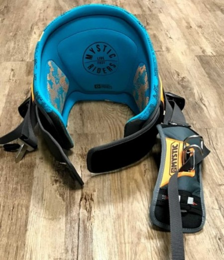 Man's Mystic Drip Waist Harness. Teal. images