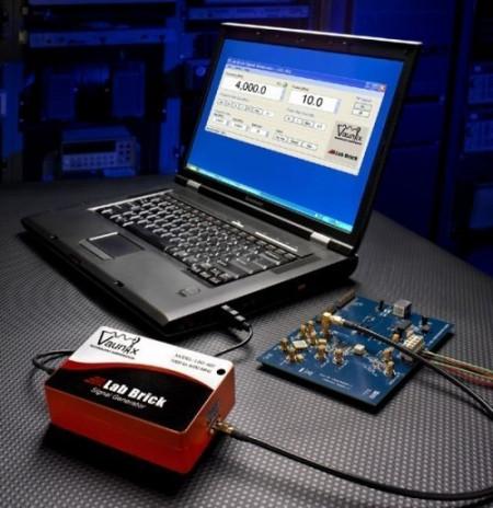 Vaunix Lab Brick LSG-121-20 signal generator, 20 - 120 MHz +20 dBm. PRICE INCLUDES VAT & SHIPPING. images