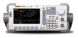 Rigol DG5101 Waveform Generator images