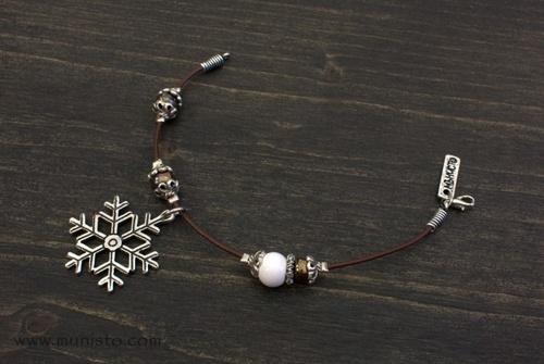 Дамска гривна Снежинка изображения