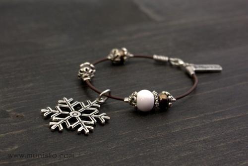 Дамска гривна Снежинка