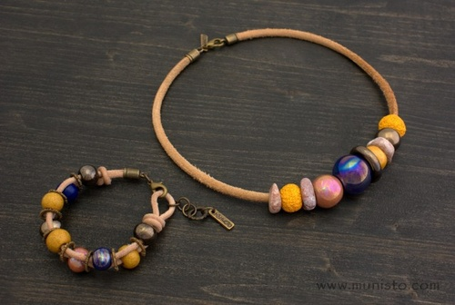 Women's Necklace and Bracelet Set images