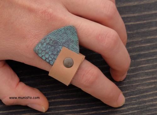 Комплект - дамско колие, гривна, обеци и пръстен изображения