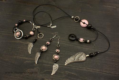 Комплект Крила - дамско колие, гривна и обеци изображения
