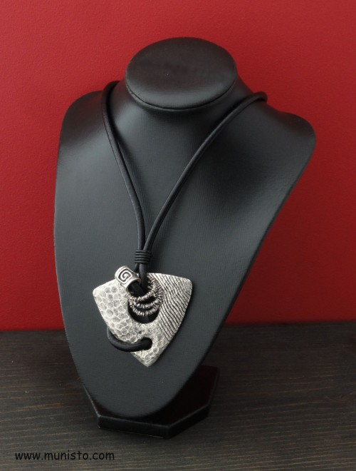Women's Necklace images