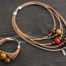 Women's Necklace and Bracelet Set