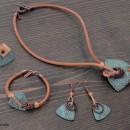 Комплект - дамско колие, гривна, обеци и пръстен