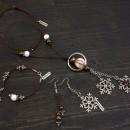 Комплект Снежинки - дамско колие, гривна и обеци