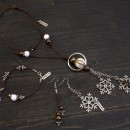 Snowflakes Necklace, Bracelet & Earrings Set