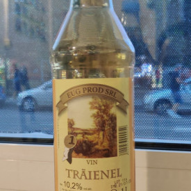 Vin traienel 1L 12% vol