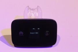 Poze Router Wifi Air Net 4G+ LTE Cat 6 Huawei E5786 MiFi Portabil Hotspot compatibil orice retea