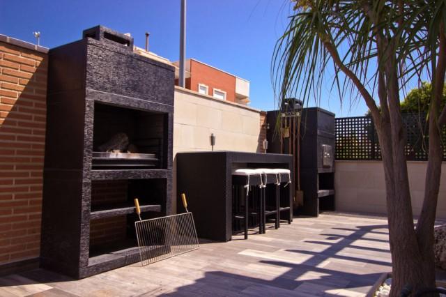 barbecue moderne avec four av90m. Black Bedroom Furniture Sets. Home Design Ideas