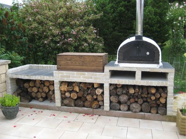 four bois pour jardin brazza 100cm. Black Bedroom Furniture Sets. Home Design Ideas