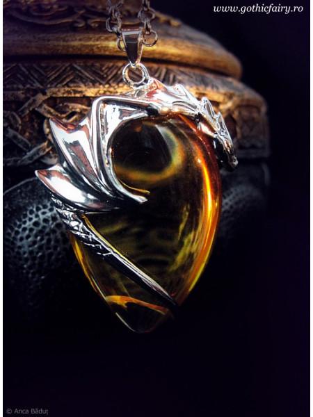 Pandantiv cristal Dragonul de ambră