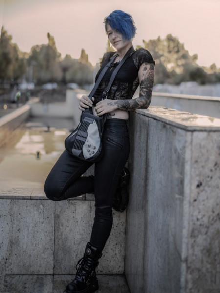 Gentuta in forma de chitara Black Guitar