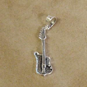 Pandantiv argint Chitara