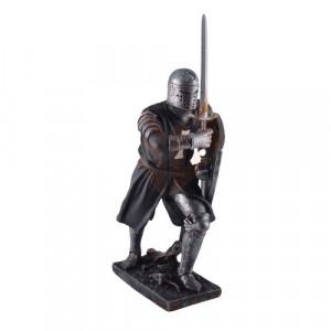 Statueta Cruciat Negru cu Scut si Sabie