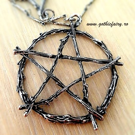 Branch Pentagram Necklace