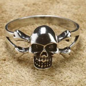 Inel argint Craniu de pirat