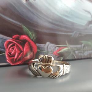 Inel argint pentru indragostiti Claddagh