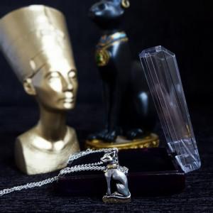Pandantiv egiptean Bast