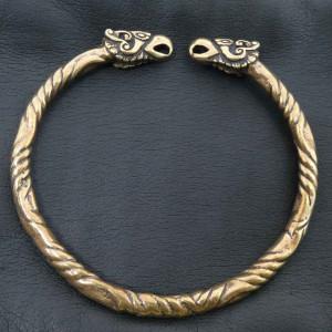 Brățară vikingă Capete de corbi - bronz