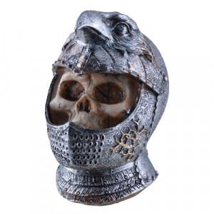 Figurina Craniu de cavaler cu cap de vultur 10cm