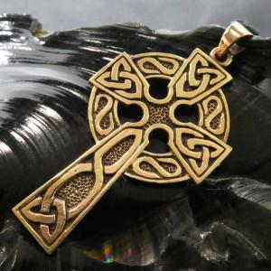 Pandantiv bronz Cruce celtica