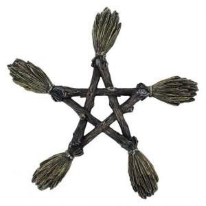Decoratiune perete Wicca Pentagrama din maturi 19 cm