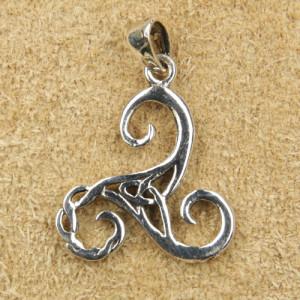Pandantiv argint Triskelion
