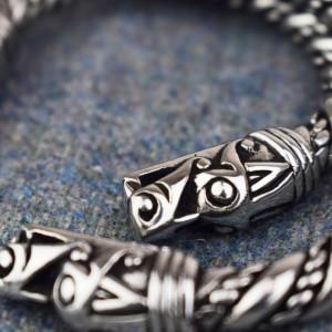 Brățară vikingă Capete de dragoni 18 cm
