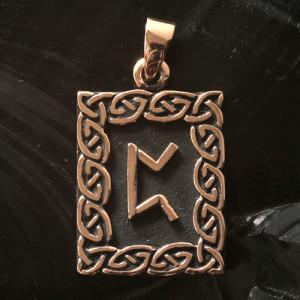 Pandantiv bronz runa Peorth