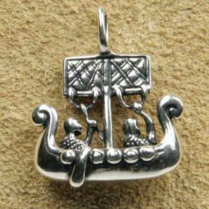 Pandantiv argint Vas Viking
