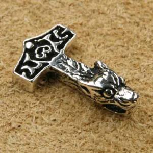 Pandantiv argint Ciocanul lui Thor cu cap de Lup