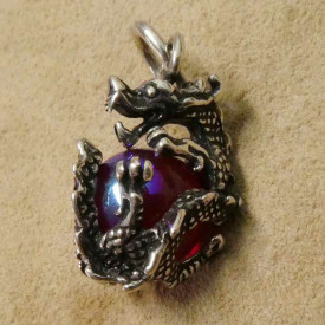 Pandantiv argint Dragon cu cristal