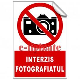 Poze Interzis fotografiatul