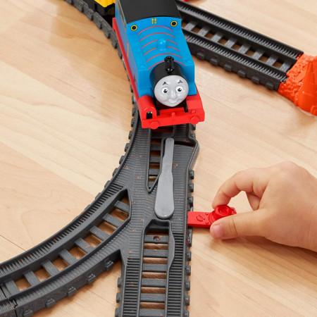 Set de joaca Thomas & Friends Vorbaretii Thomas si Percy