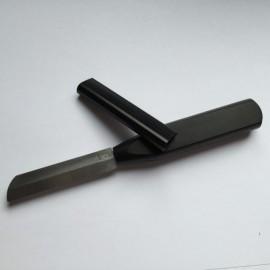 Komplette Werkzeugpackung zur Bearbeitung von Oboenrohren
