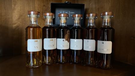Cognac Deau Tasting Kit VS VSOP Napoleon, XO Black, Louis Memory 40% - 6 X 200 ml
